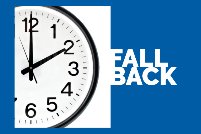 fall back clock set at 2:00 am for time change this weekend